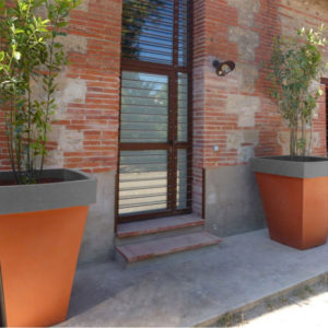 Grand pot pour extérieur bicolore